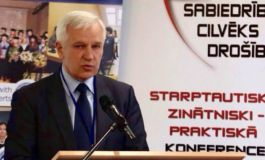 Pamatojoties uz Strīķes iesniegumu, KNAB sācis pārbaudi par dāsni atalgotā Rīgas domes deputāta Frolova darbu