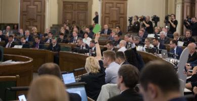 Likumprojekts par interešu konflikta novēršanu valsts amatpersonu darbībā nodots Juridiskajai komisijai
