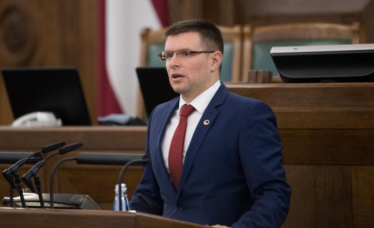 Saeimas deputāts Rancāns kritizē iekšlietu ministru un aicina VP uzsākt dienesta pārbaudi saistībā ar slepkavību Krāslavā
