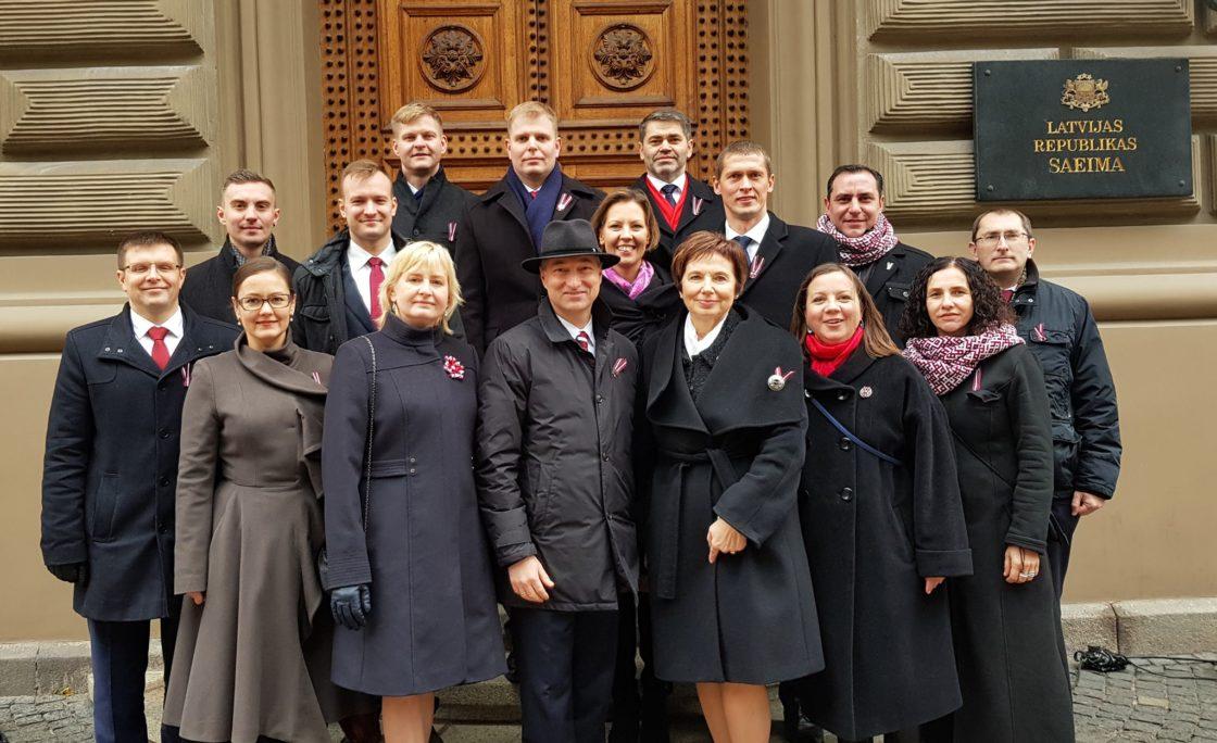 Saeimas deputāti